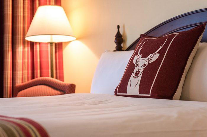 Bedroom Deerhurst Resort Muskoka